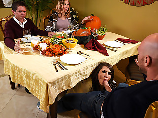 Brazzers – Thankful For Madison