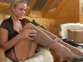 Dolly in naughty pantyhose video