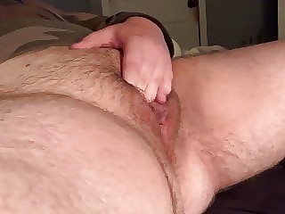 Ftm jerking off his fat boy pussy