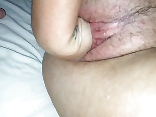 Fisting her pussy - Close up